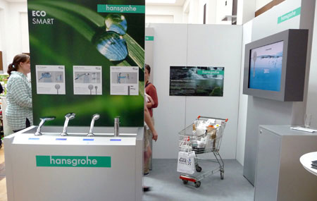 Blaues Gold Hansgrohe Stand